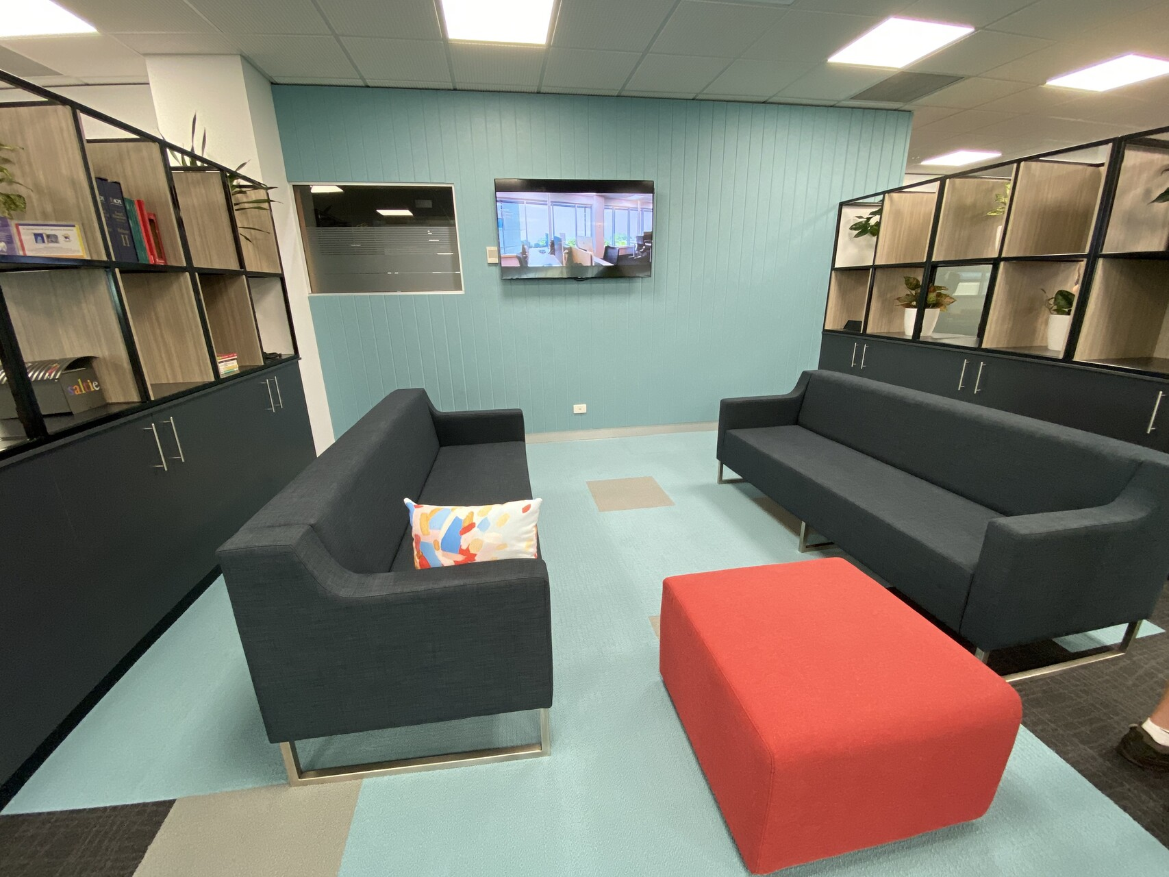 IMG_20191203_172116 waiting area sofa commercial office furniture