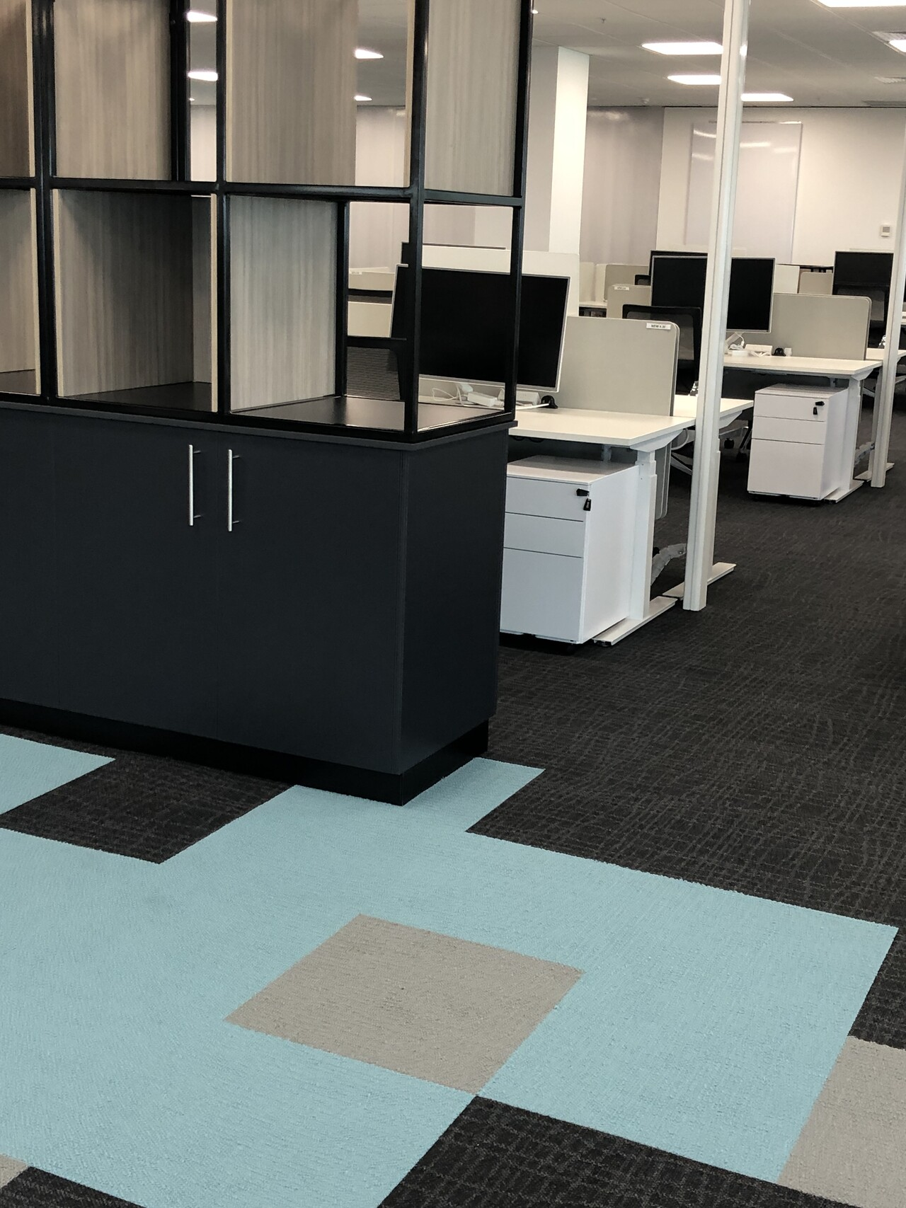 IMG_20190920_160928 cabinet drawers office furniture darwin