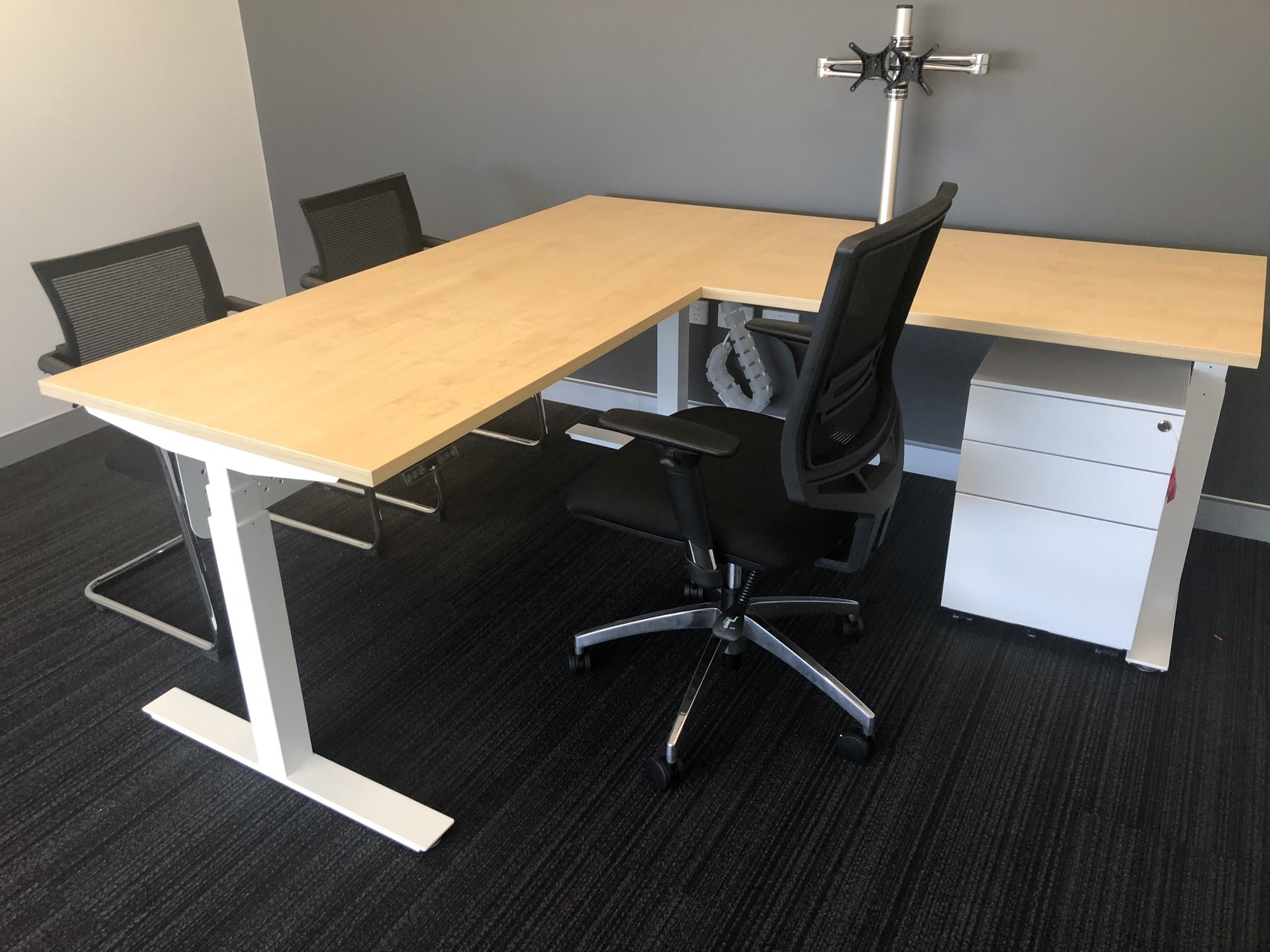 IMG_20181213_143838 L shape desk with chairs commercial office furniture