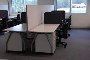 DSC_0131 office corner desk